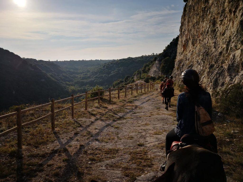 passeggiata a cavallo abbazia di pulsano gargano